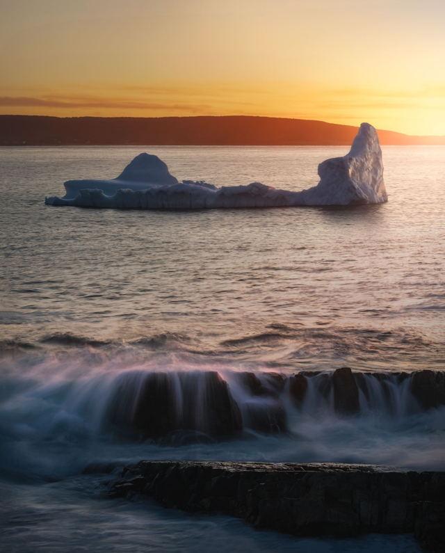 Sibley's Cove Iceberg Sunset