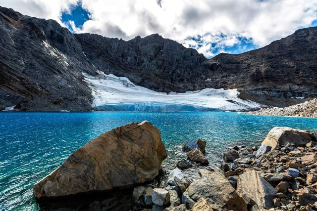 Mt. Caubvik Glacier