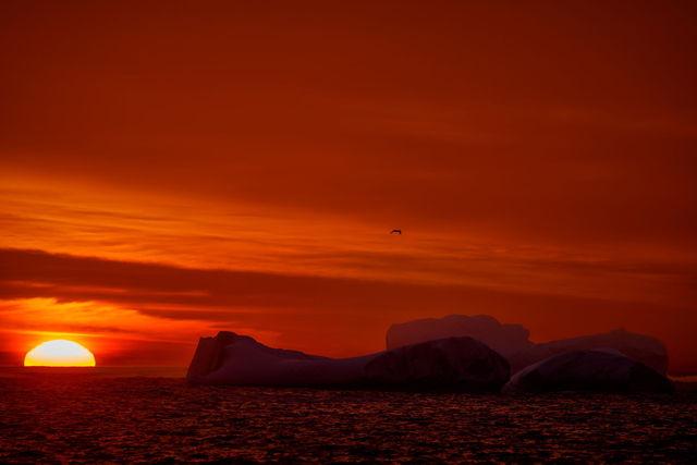Sunrise On The Berg