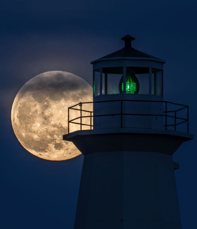 Cape Spear Super Pink Moon
