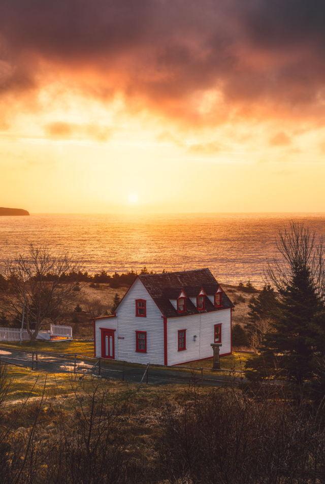 Golden Morning Tors Cove