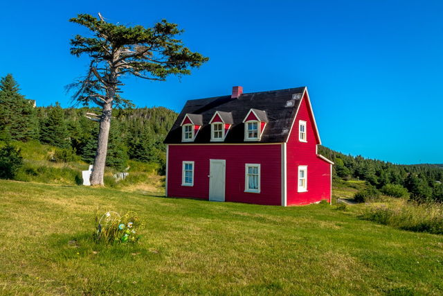 The Little Red House - Tors Cove