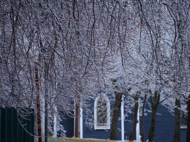 Icy veil for St. Thomas Church