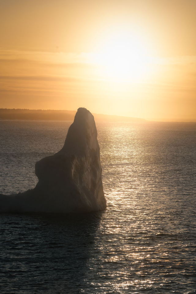 Light and Shadow Iceberg