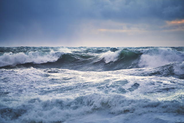 Storm Waves