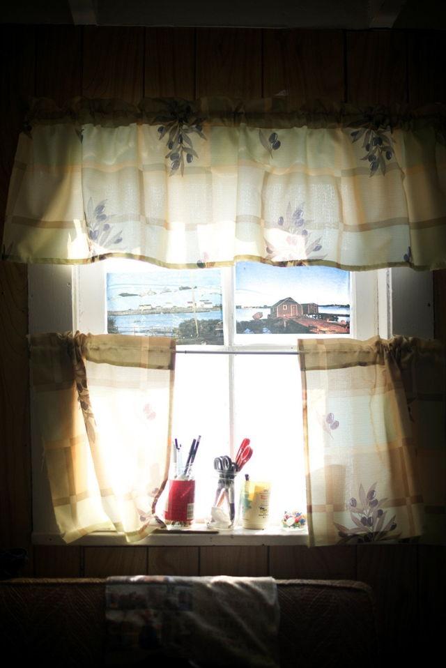 Charlies Window