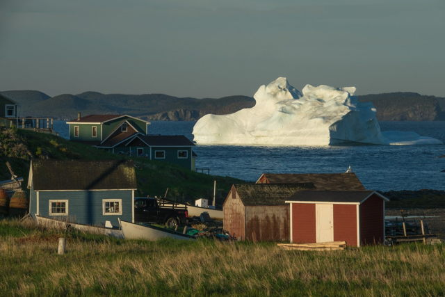 Iceberg at Sunrise Back Cove Twillingate