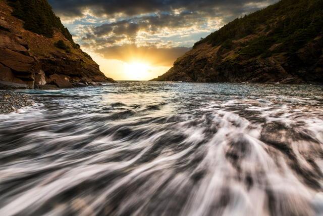 Sunrise Between The Cliffs