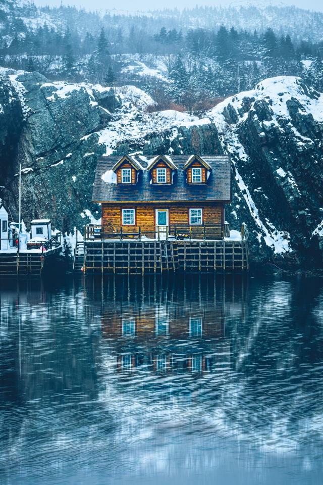 Wintertime Hut Quidi Vidi