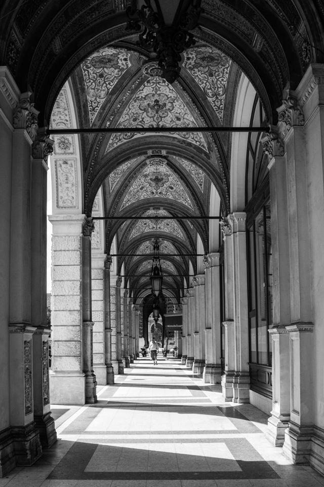 Vaulted, Europe